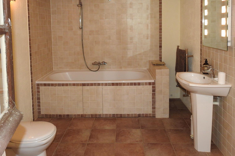gite-la-grange-salle-de-bain